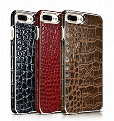 Xoomz iPhone 7 Plus Crocodile Pattern Back Case