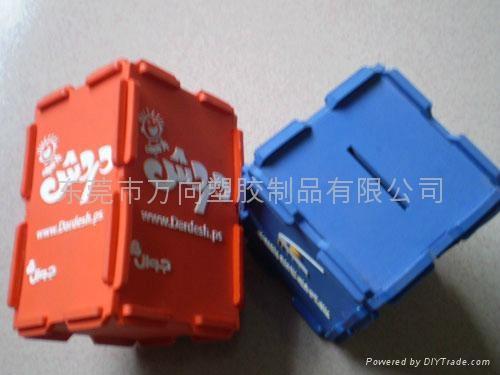 PVC软胶笔筒   厂家专业定做 2