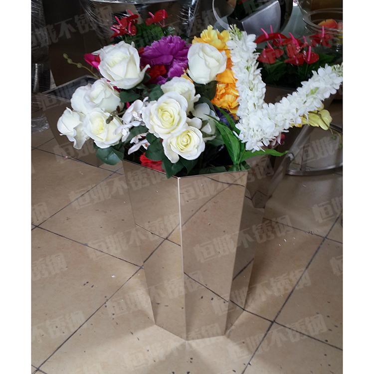 不锈钢多边形花盆 2