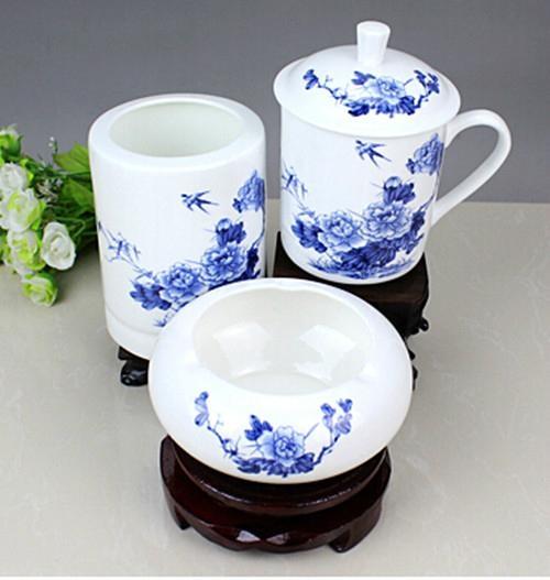 办公文化礼品陶瓷茶杯烟灰缸笔筒套装 3