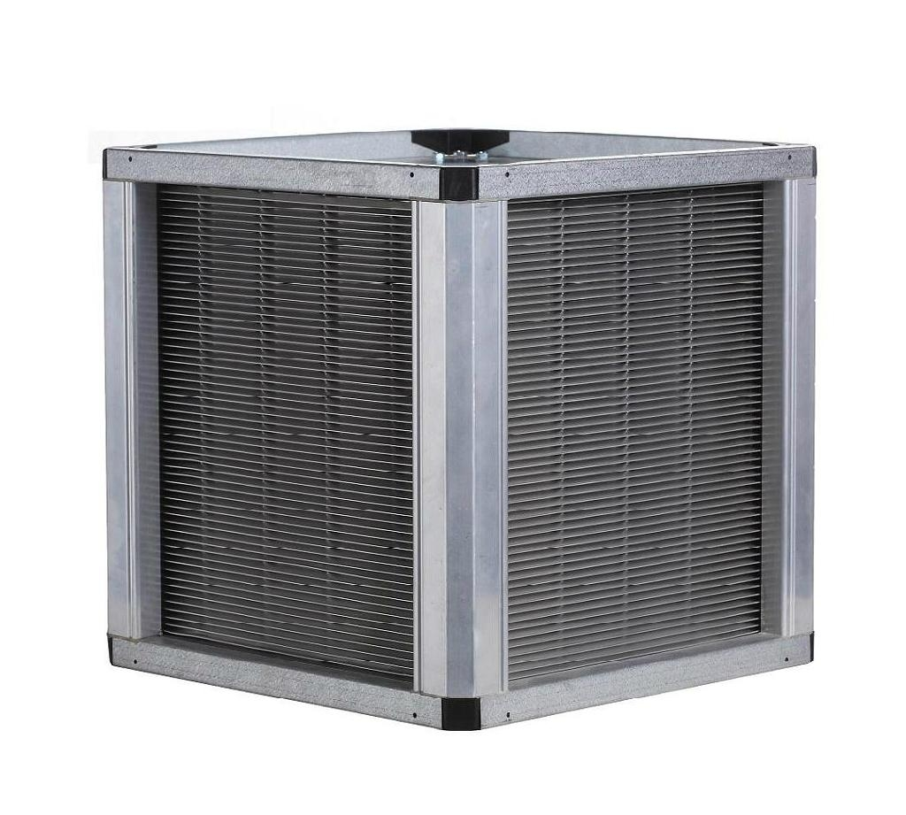 Cross flow heat exchanger with two rows of tubes: a) air flow passage used in analytical model, b)