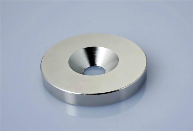 釹鐵硼沉頭孔磁鐵 1