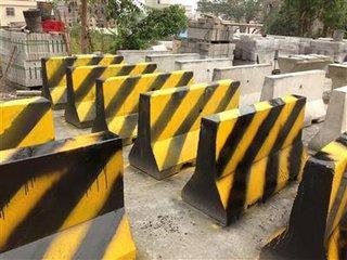 惠州市防撞水泥墩 5