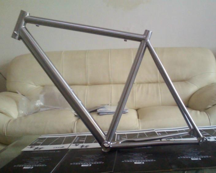 titanium road bike frame 1