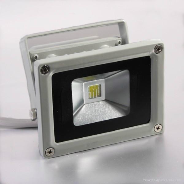10W LED Outside Floodlight 1