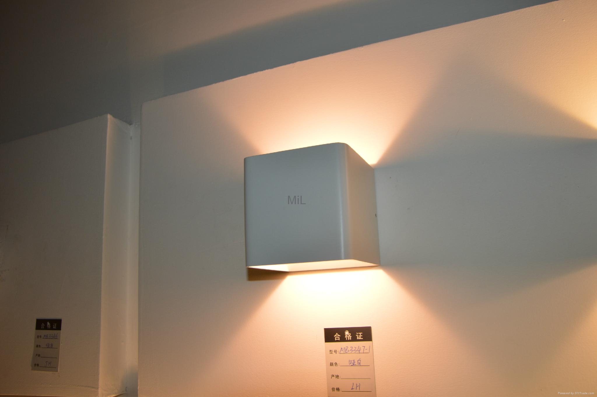 Middle Century Modern LED Wall Lamp With Cheap Price 4