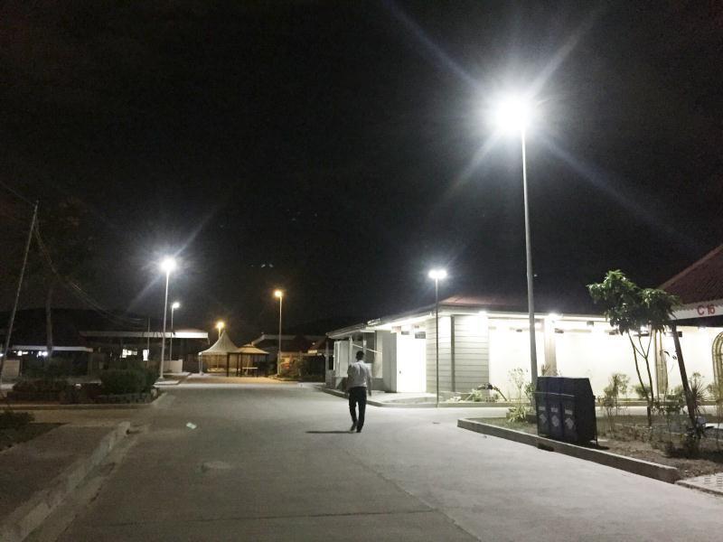 MiL FLY HAWK solar street light 7