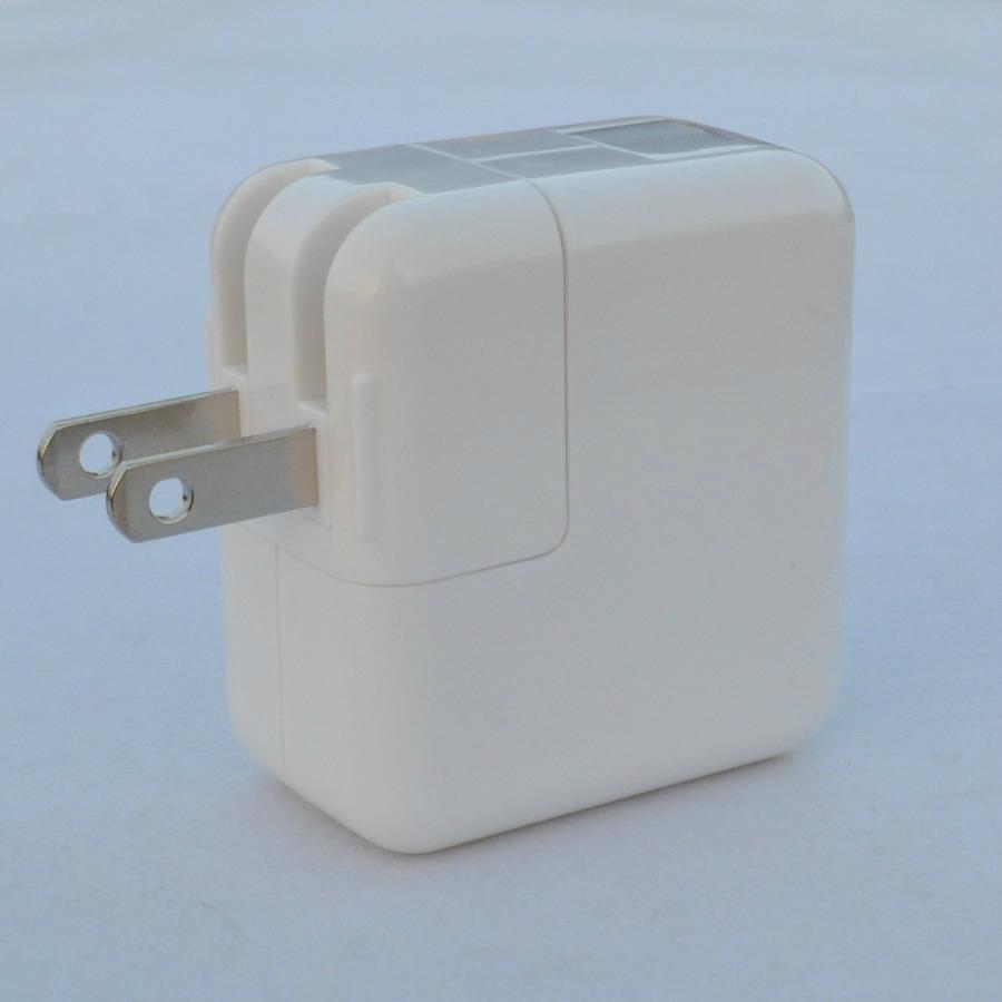双USB充电器带中日美式插头 3