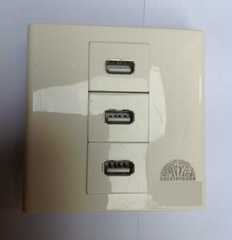 3口USB墙壁插座(含3个usb 充电接口)