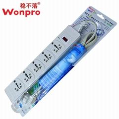 Wonpro穩不落5位13A大南非過載保護帶線排插