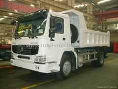 For sale SINOTRUK HOWO 4X2 DUMPER TRUCK  ZZ3167M3511 EuroII 290HP