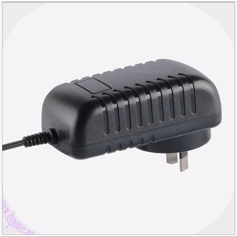 9V3A电源适配器欧美六级能效9V3000MA电源适配器 4