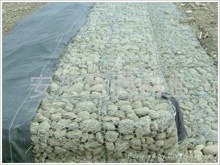 镀锌 包塑石笼网 5