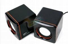 2.0 square portable mini computer speaker
