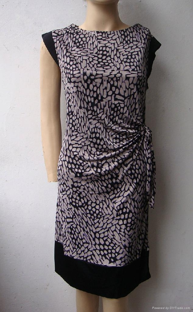 夏季新款真絲針織二色搭配修身短袖連衣裙 1