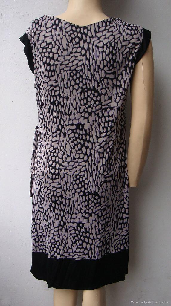 夏季新款真絲針織二色搭配修身短袖連衣裙 5
