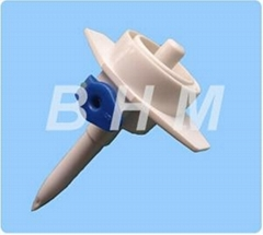 Infusion Spike with Air Vent Plastic Mould