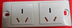 二位簡易帶安全門國標工業插座