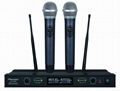 Dual channels UHF Wireless Microphone