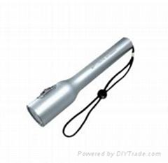 節能強光led電筒、便攜手電