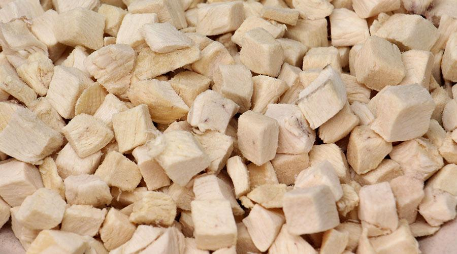 freeze-dried chicken dices 1