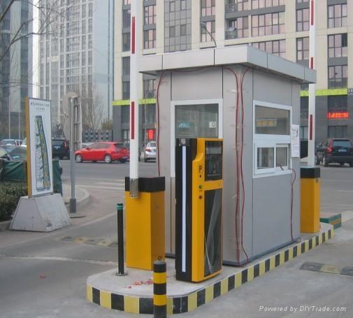 一進一出停車場收費系統  1