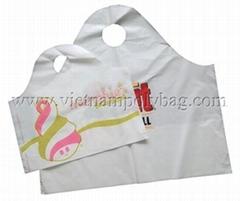 Wave top handle plastic bag