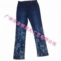 牛仔裤印花