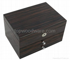 High gloss finish wooden jewelry Gift Box