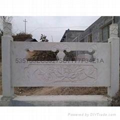 雪花白欄板柱子