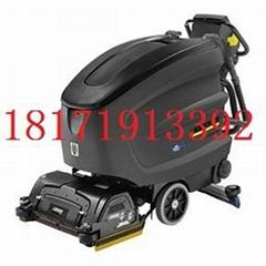 物流園倉庫車間保潔B6洗地吸干機