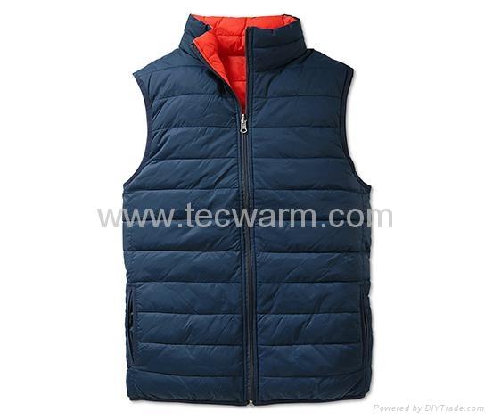 Reversible heated vest