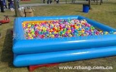 充气海洋球池