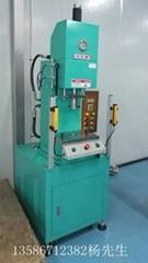 小型台式油压机