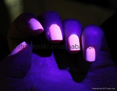 glow in dark uv nail gel polish shiny in the darkness