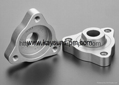 Auto Water Pump Flange