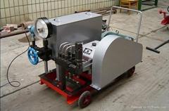 超高压电动打压泵