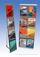 Netty Brochure Holder