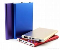 Slim battery power bank 5600mAh for Mobile phone iPhone Samsung