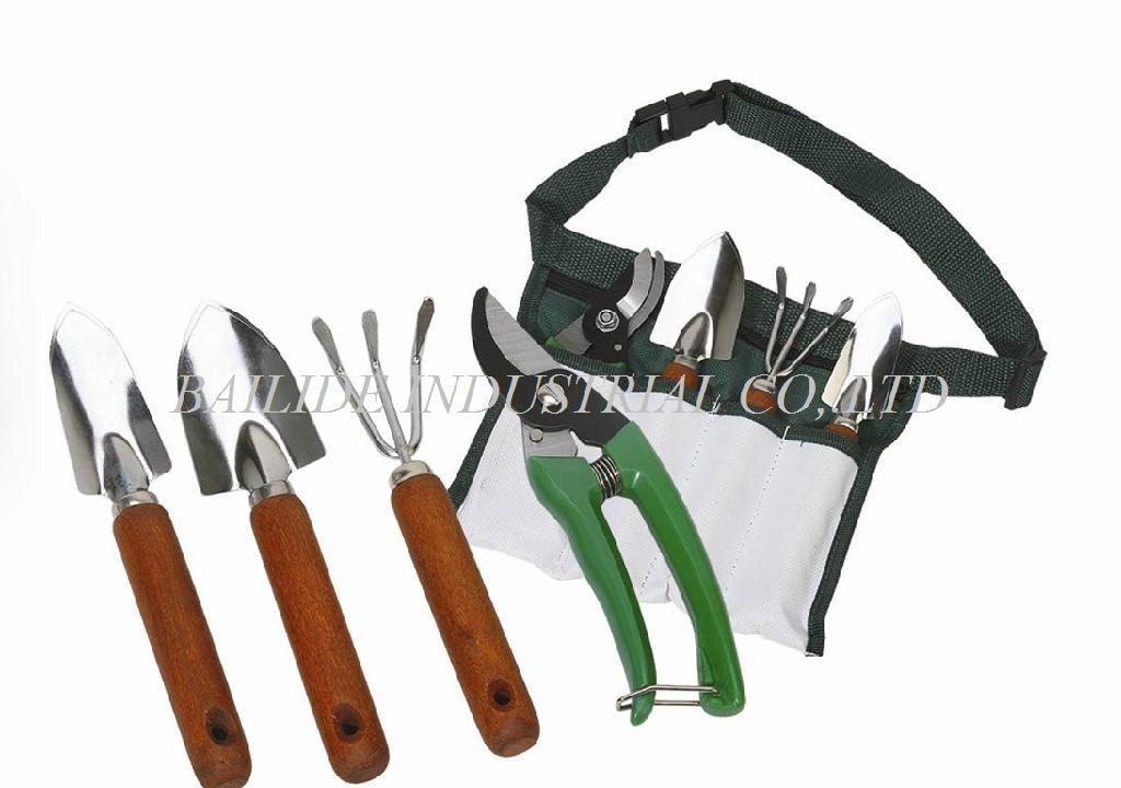 BLDG-012 Garden Tool 1
