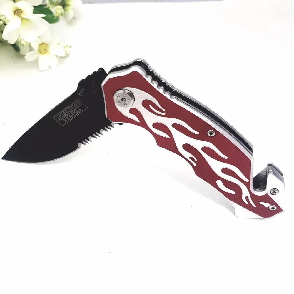 不锈钢折叠刀带有锯齿刀片 2