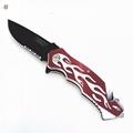 不锈钢折叠刀带有锯齿刀片 5