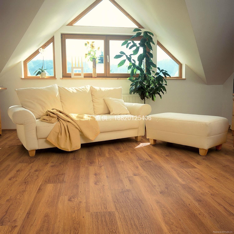 展厅三层实木地板案例