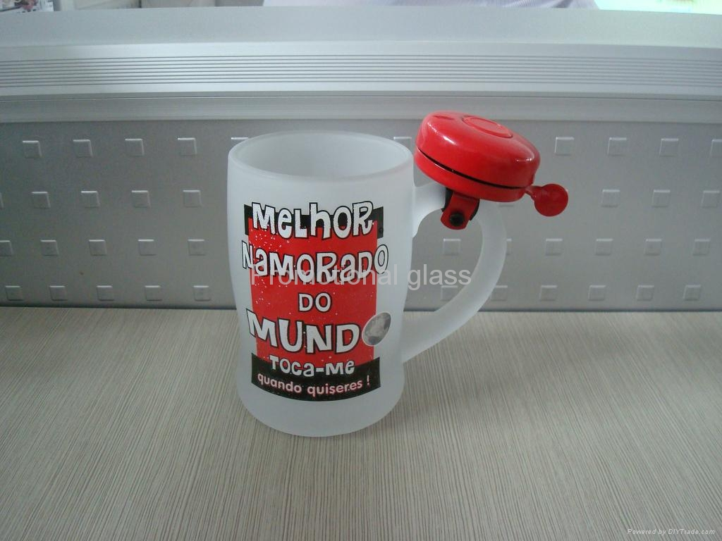 380ml clear  beer stein glass mug with bell 3