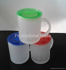 11oz Frosted glass mug with plastic lid