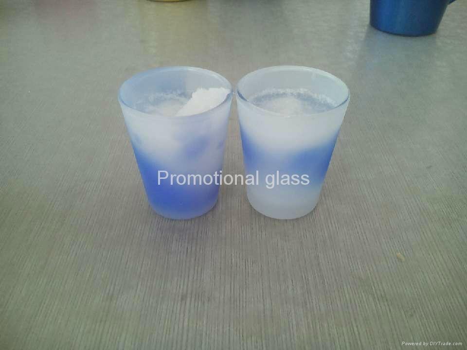 Color  change glass mug 4