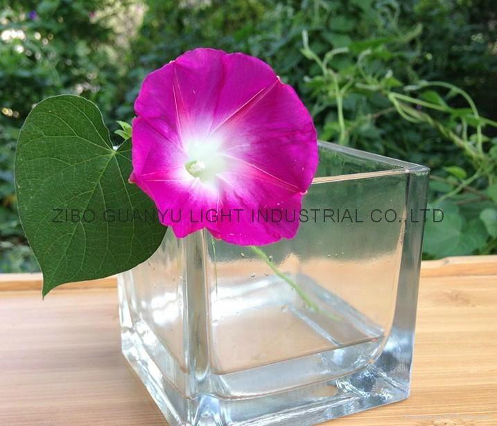 Square shaped glass candle holder 2