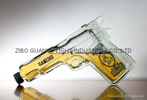 gun shaped glass bottle,special glass wine bottle 1