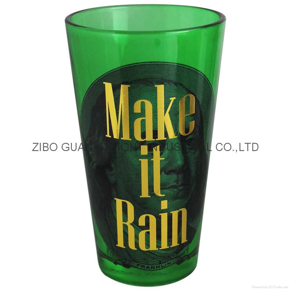 colored pint glass with gold logo 1