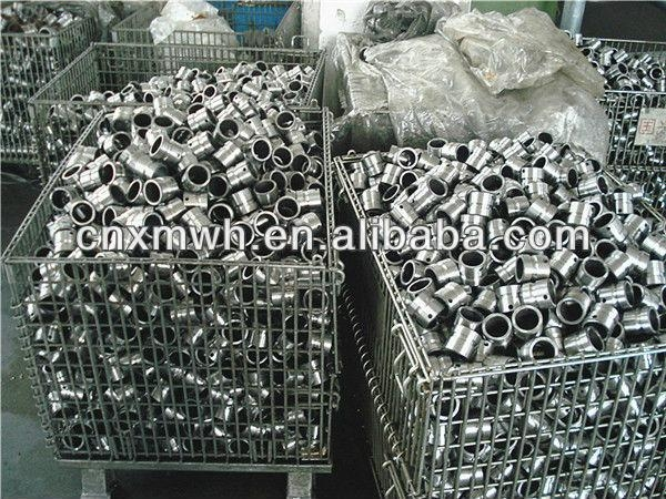 Folding rigid wire mesh pallet cage  3